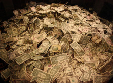 How much money can a binary options trader make